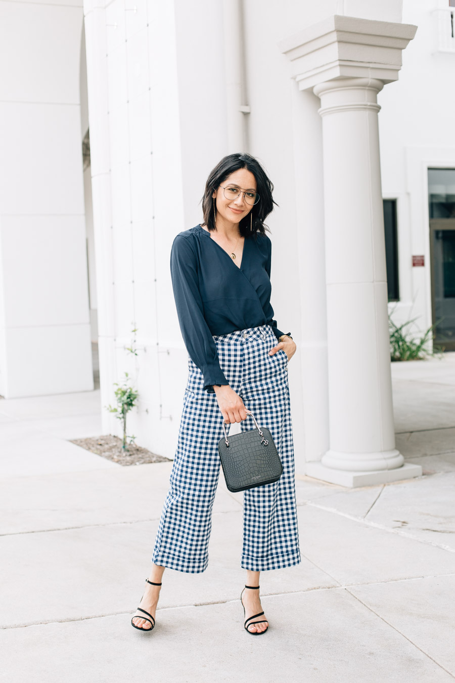 10 bad habits to quit now + how to style wide leg gingham pants
